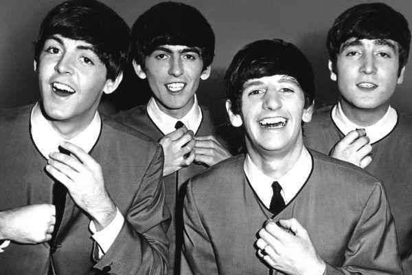 Beatles ganha homenagem e comparações com BTS