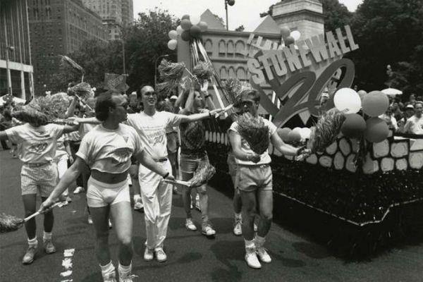 Primeira Parada LGBT aconteceu em Nova Iorque, no ano de 1970