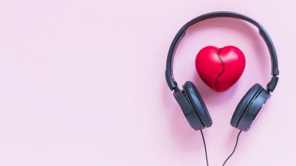 Término de relacionamento induz o ser humano a descobrir músicas novas