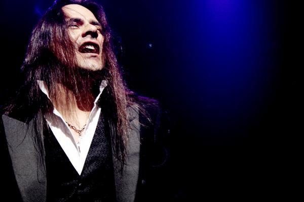 Andre MAtos, tenor, morre aos 47 anos