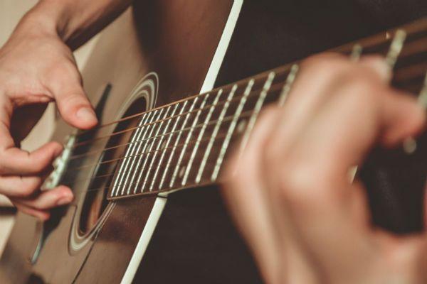 Tocar violão é mais fácil do que parece