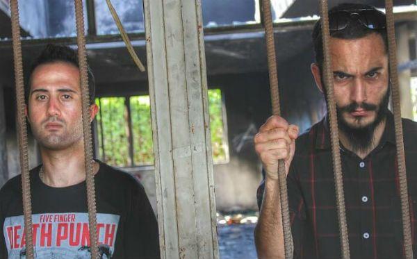 Membros da banda Confess foram presos por tocarem heavy metal