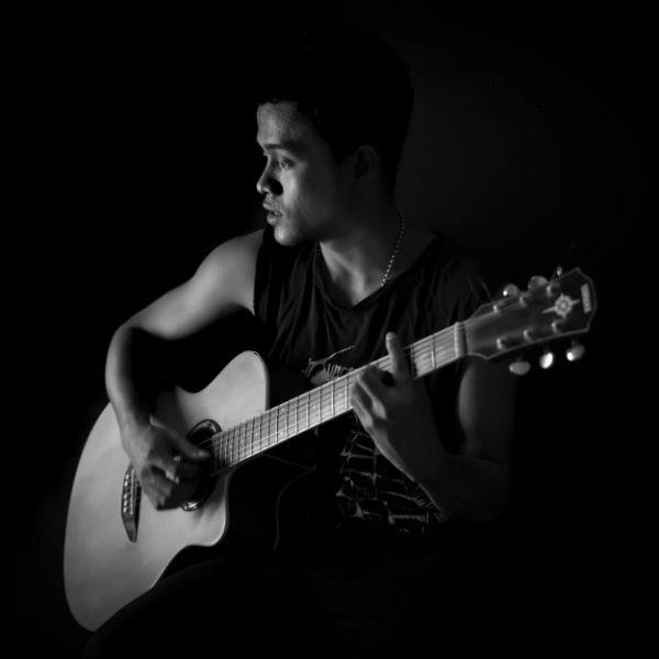 Aprender a tocar violão é um processo diário
