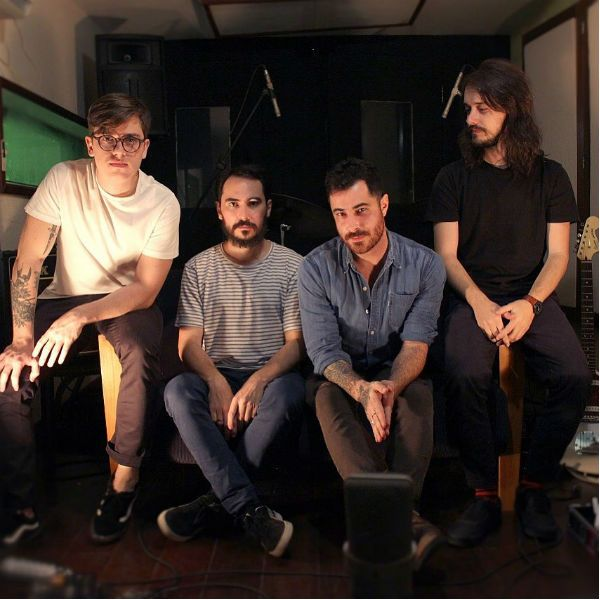 Young Lights, uma banda de folk rock que vem de Minas Gerais