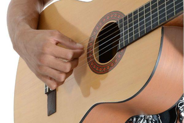A escolha do violão é fator determinante para o músico