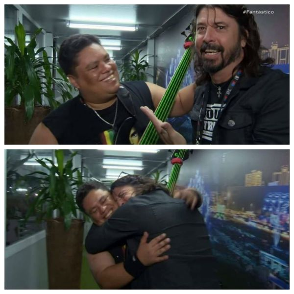 Júnior Groovador abraça Dave Grohl nos bastidores do Rock in Rio