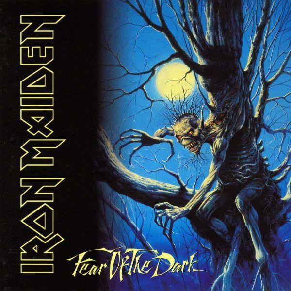 Eddie está em uma árvore na capa do disco Fear of The Dark
