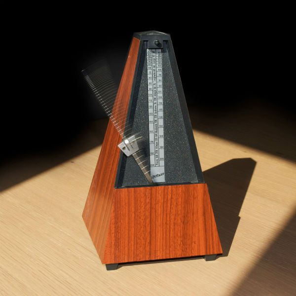 Metrônomo é um acessório fundamento para os músicos
