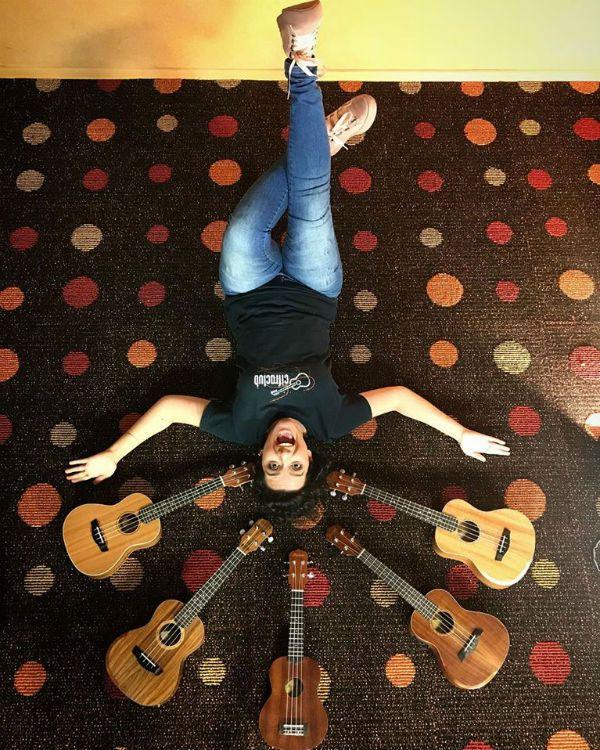 Luana Mascari ensina ukulele em curso do Cifra Club