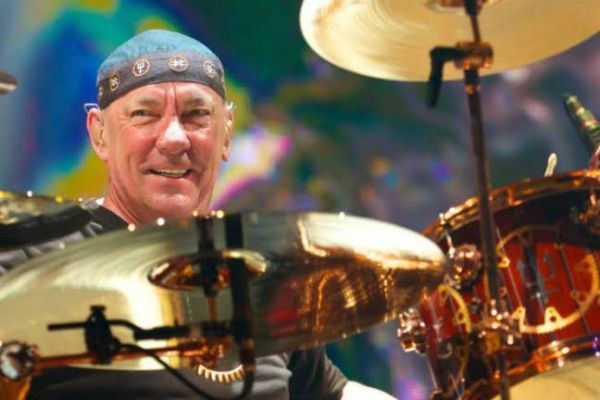 Neil Peart, baterista da lendária banda Rush