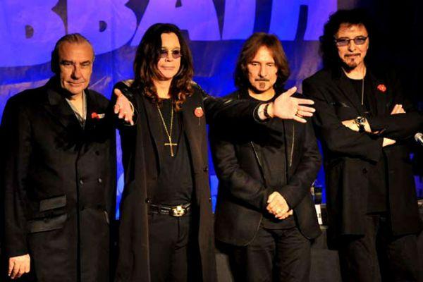Integrantes da formação do Black Sabbath, em 2012