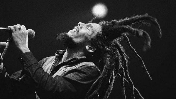Bob Marley e uma de suas marcas registradas, os dreads