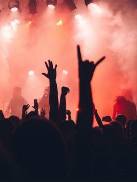 Ouvir death metal traz prazer e não desperta violência, diz estudo