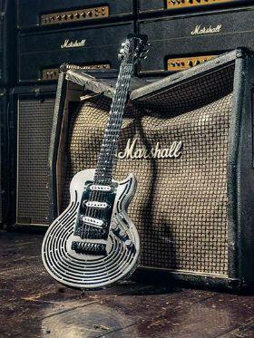 Conheça a primeira guitarra inquebrável da história