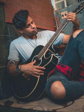 """""""Por que não consigo evoluir no violão?"""" Descubra 5 motivos"""
