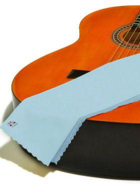 Cuidados com instrumento: o guia definitivo de como limpar o violão