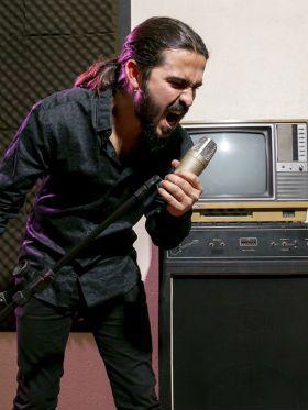Como cantar bem? Aprenda os 4 melhores exercícios pra aquecer a voz