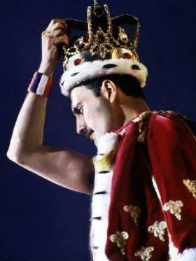 Descubra por que Freddie Mercury é o melhor cantor da história