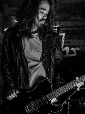 Guitarrista Mateus Asato endossa concurso; conheça os vencedores