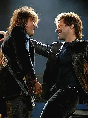 Bon Jovi: Jon afirma que Richie Sambora ainda faz parte da banda