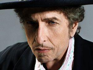 Bob Dylan é eleito o maior compositor de todos os tempos, por revista