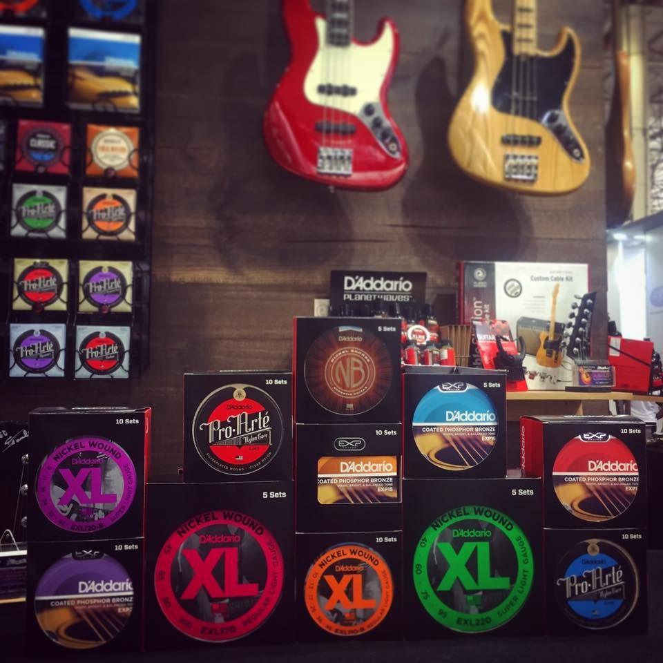 D'Addario monta luthieria com serviços gratuitos na Expomusic