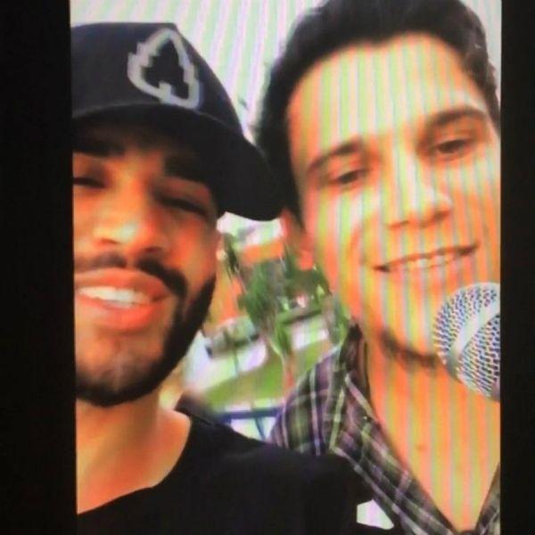 Artista de rua canta hit de Gusttavo Lima e é surpreendido pelo cantor