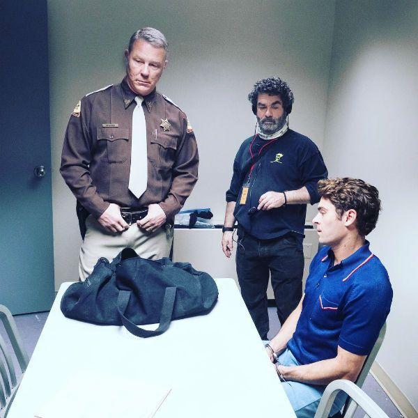 James Hetfield grava filme com Zac Efron, astro do High School ... 10a63700f9