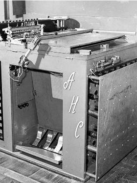 Conheça a história do primeiro sintetizador musical