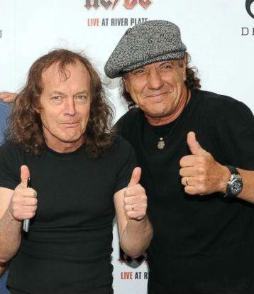 Veja mais fotos do AC/DC em estúdio canadense