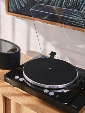 Tradição e inovação marcam volta da Yamaha ao mundo dos toca-dsicos