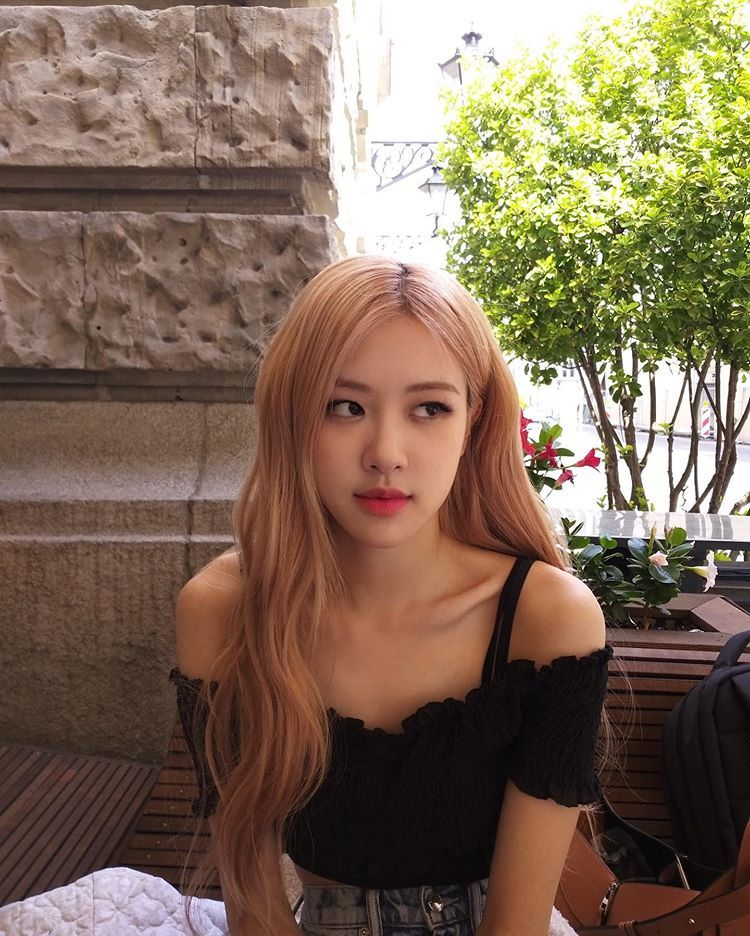 Rosé, integrante do BLACKPINK