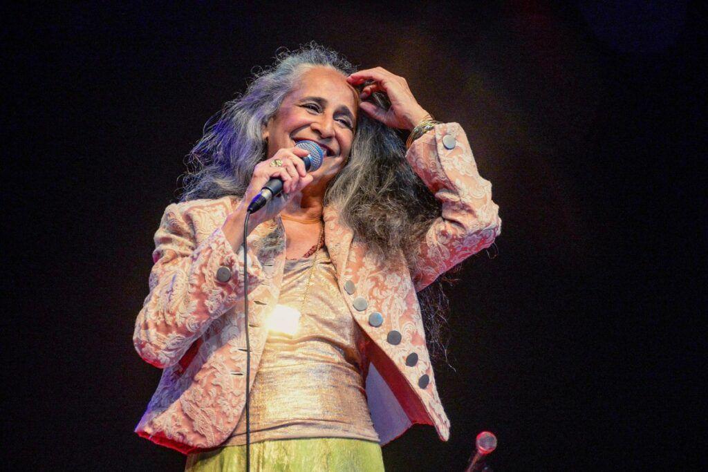 Maria Bethânia, cantora brasileira