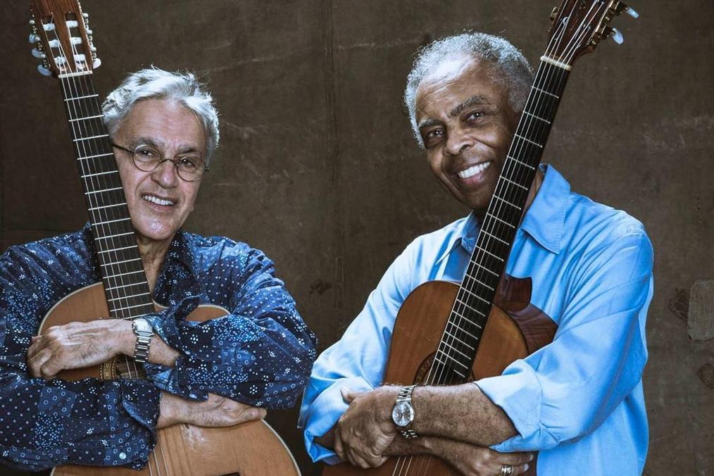Gilberto Gil e Caetano Veloso, cantores de MPB