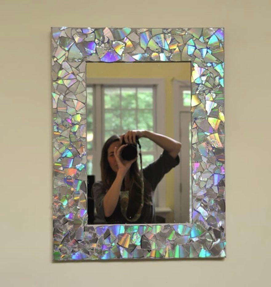 Espelho com moldura de cd's