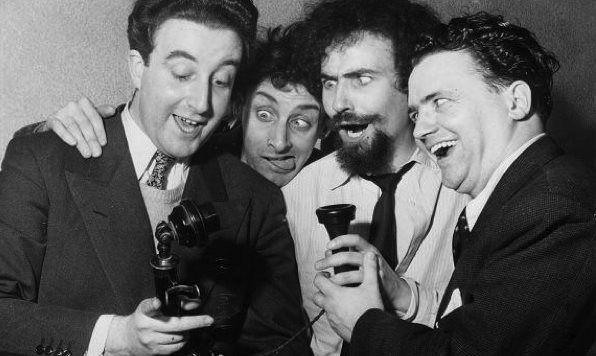 Integrantes do programa The Goons, que inspirou a letra da canção.