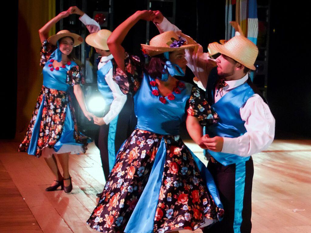 Calango, dança mineira