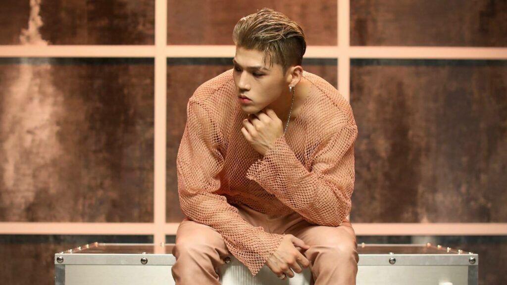 BM, integrante do grupo de k-pop KARD