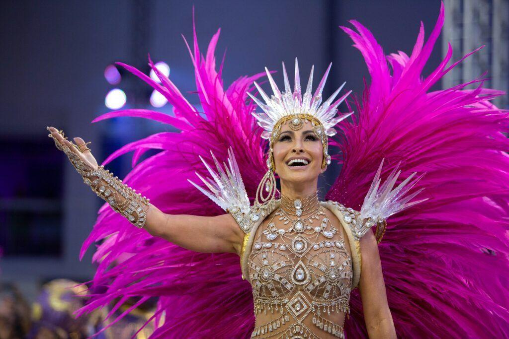 Sabrina Sato em desfile da Gaviões da Fiel