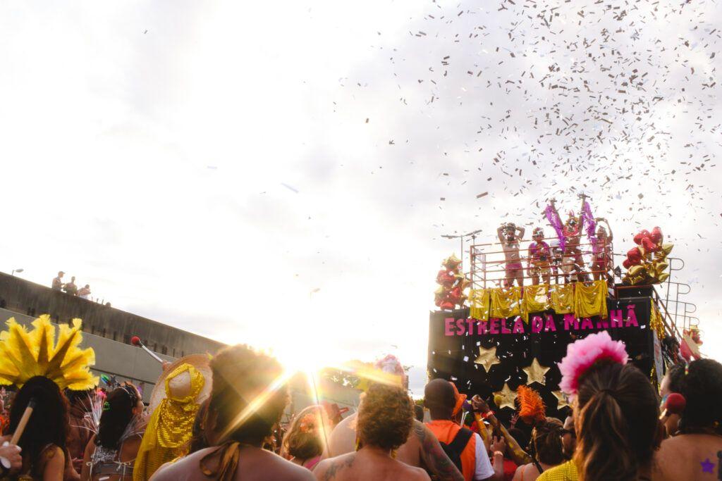 Blocos de carnaval de BH: Então, Brilha!