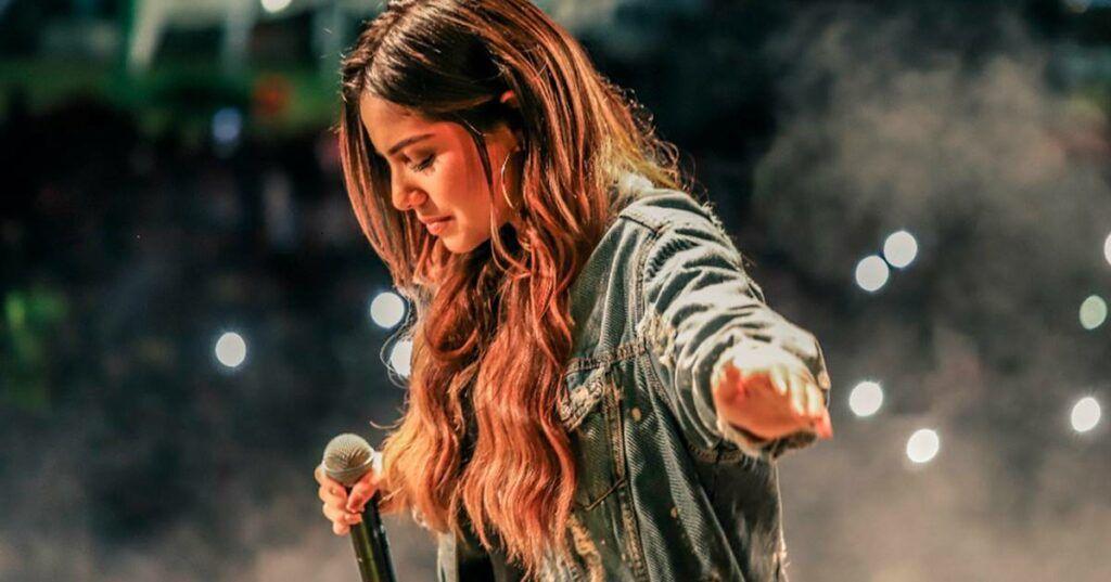 Para ouvir e conhecer: as melhores da Gabriela Rocha