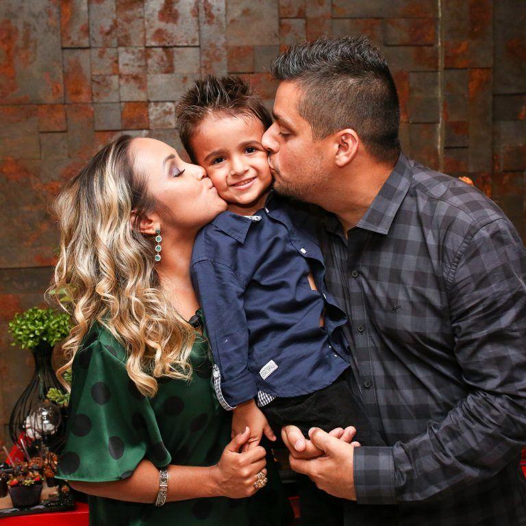 Bruna Karla e família