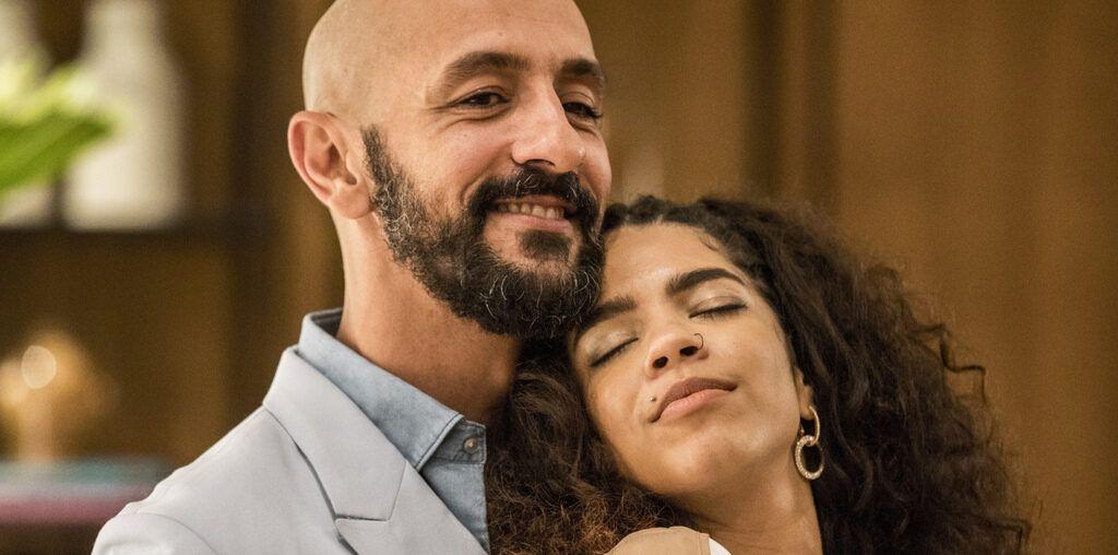Música do casal Álvaro e Verena, de Amor de Mãe