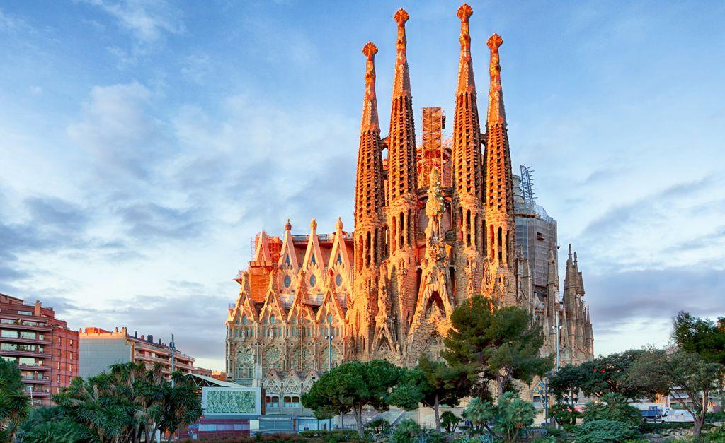 Templo Expiatório da Sagrada Família, uma das principais obras de Gaudi