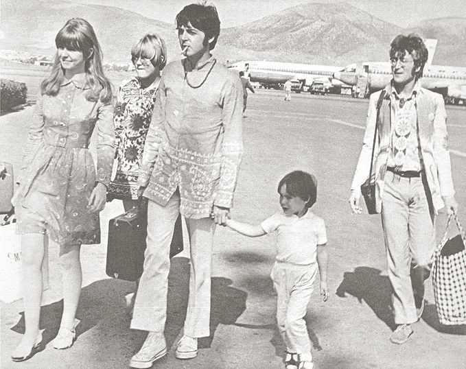 Paul Mccartney, Jane Asher, Julian e John Lennon