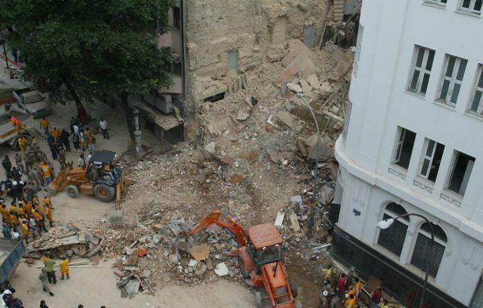 Escombros do Hotel Linda do Rosário
