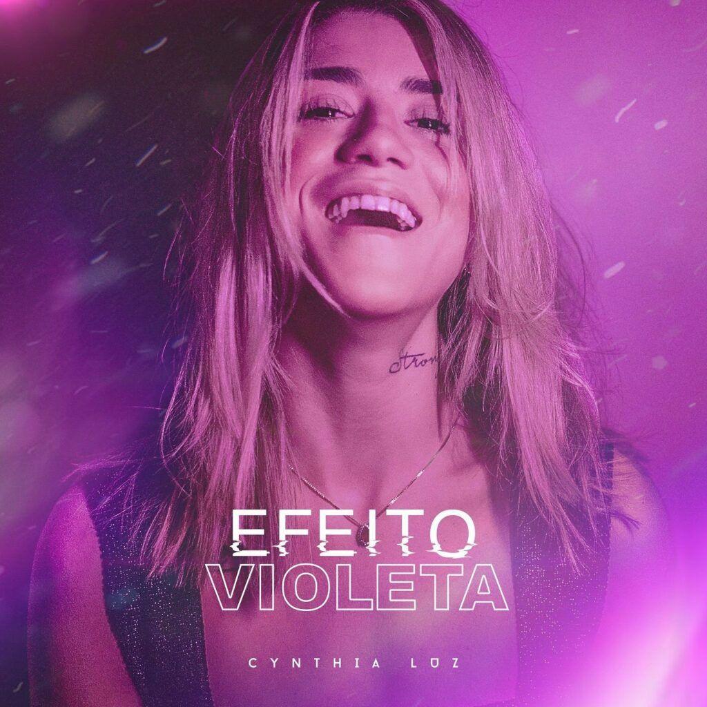 Capa do álbum Efeito Violeta, de Cynthia Luz