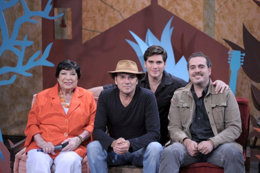 Inezita Barroso, Almir Sater, filho e irmão do cantor