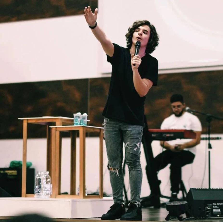 João Figueiredo cantor gospel