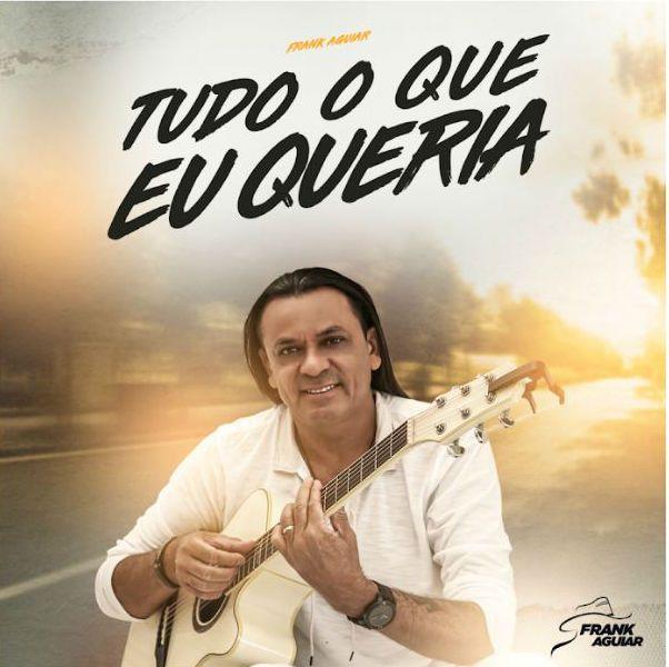 """Frank Aguiar toca violão na capa do single """"Tudo o que eu queria"""""""